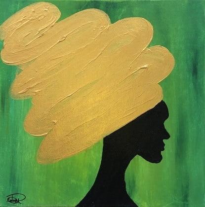 Cuadro pintado a mano de la artista Carmen D de la silueta de una africana con un turbante arriba en la cabeza, de color negro sobre fondo como de la sabana africana por la tarde, de color dorado, pintado con acrílicos liquitex y golden sobre lienzo de lino