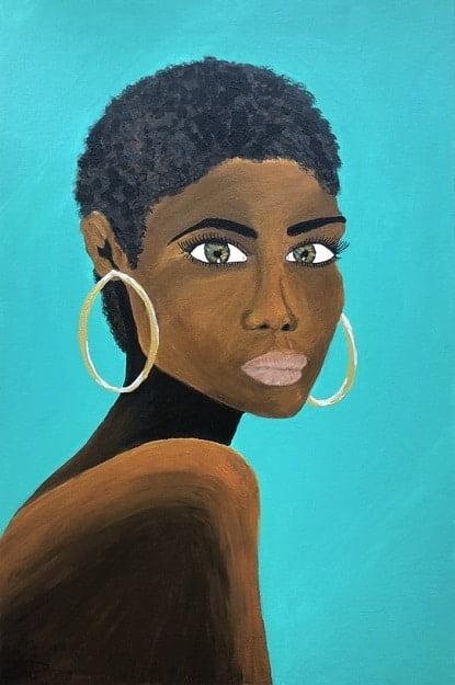 Cuadro pintado a mano de la artista Carmen D de una africana con el pelo corto rizado y labios pintados de color de piel marron oscuro, sobre fondo azul claro turquesa y se le ve hasta el hombro, con aros color oro pintado con acrílicos liquitex y golden sobre lienzo de lino