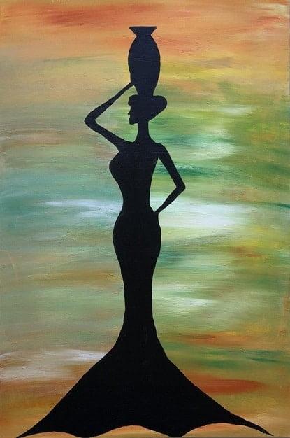 Cuadro pintado a mano de la artista Carmen D de la silueta de una africana con una vasija arriba en la cabeza, de color negro sobre fondo como de la sabana africana, naranja, verde, blanco, amarillo, rojo, pintado con acrílicos liquitex y golden sobre lienzo de lino