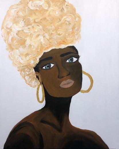 Cuadro pintado a mano de la artista Carmen D de una africana con turbante blanco y color carne y pendiente de aro grande color oro pintado con acrílicos liquitex y golden sobre lienzo de lino