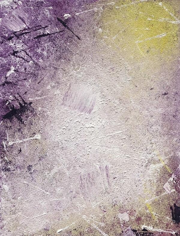 Cuadro pintado a mano de la artista Carmen D abstracto expresionista en el que está la gama de colores de amarillos, morados, violetas, blancos, pintado con acrílicos liquitex y golden sobre lienzo de lino
